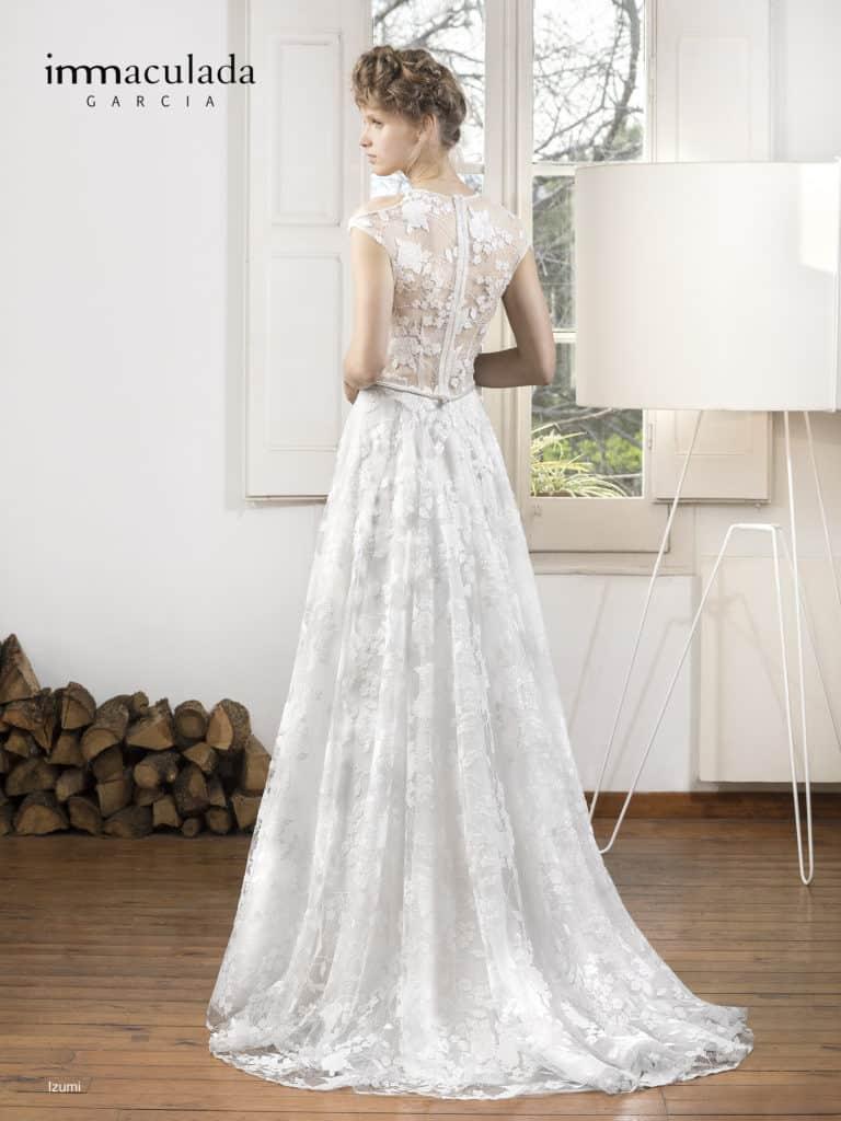 Izumi - ženské a zmyselné svadobné šaty