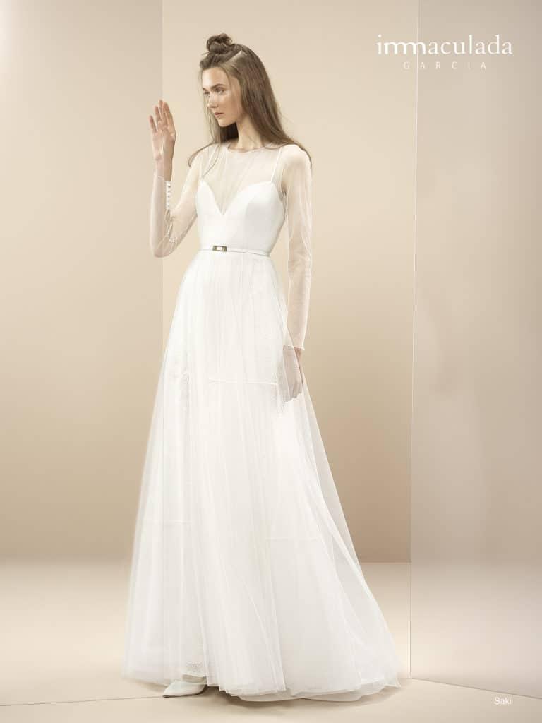 Saki - ženské a zmyselné svadobné šaty