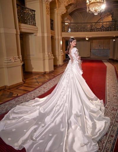 Galia Lahav - Make a Scene - Look 01 - Lindsay Train