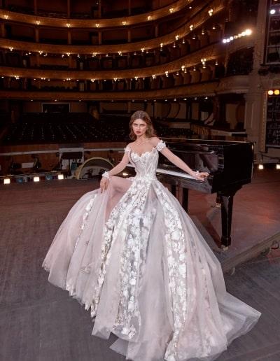 Galia Lahav - Make a Scene - Look 04 - Gaga [F]