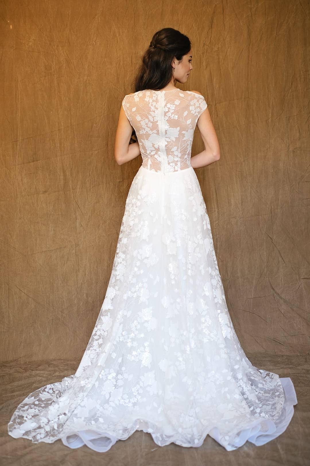 Bohémske svadobné šaty - Inmaculada Garcia - Izumi - back