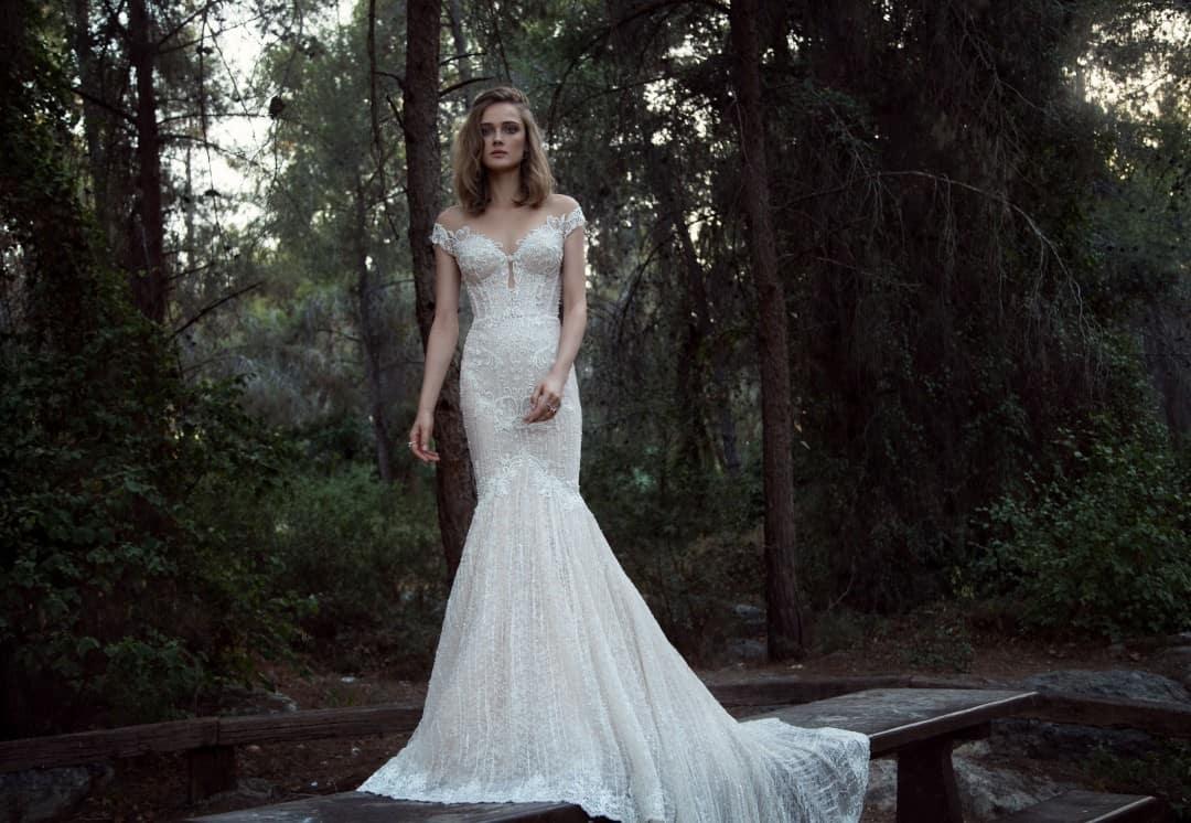 Haute Couture Wedding Dresses - 909_front